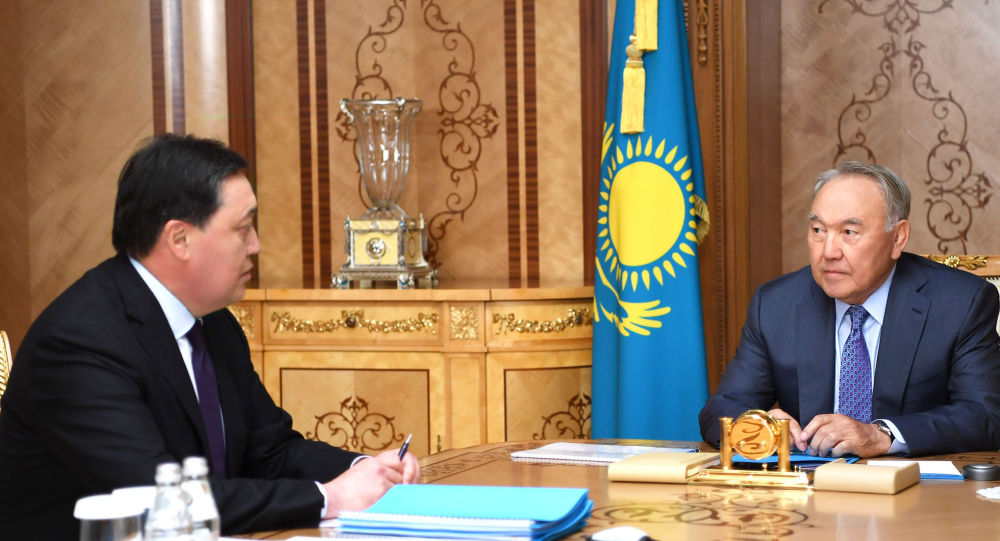 Елбасы Нұрсұлтан Назарбаев премьер-министр Асқар Маминді қабылдады