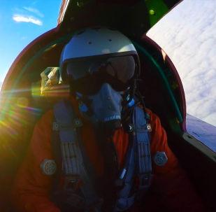 Воздушный бой в стратосфере - видео