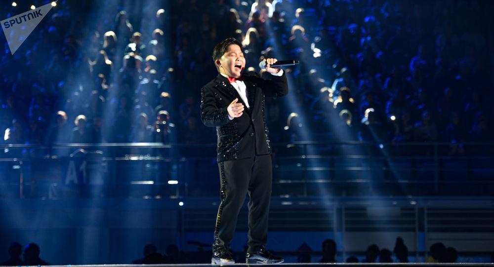 Юная казахстанская звезда Ержан Максим выступил на фестивале Nur-Sultan Music Awards 2019 с песней  All by myself