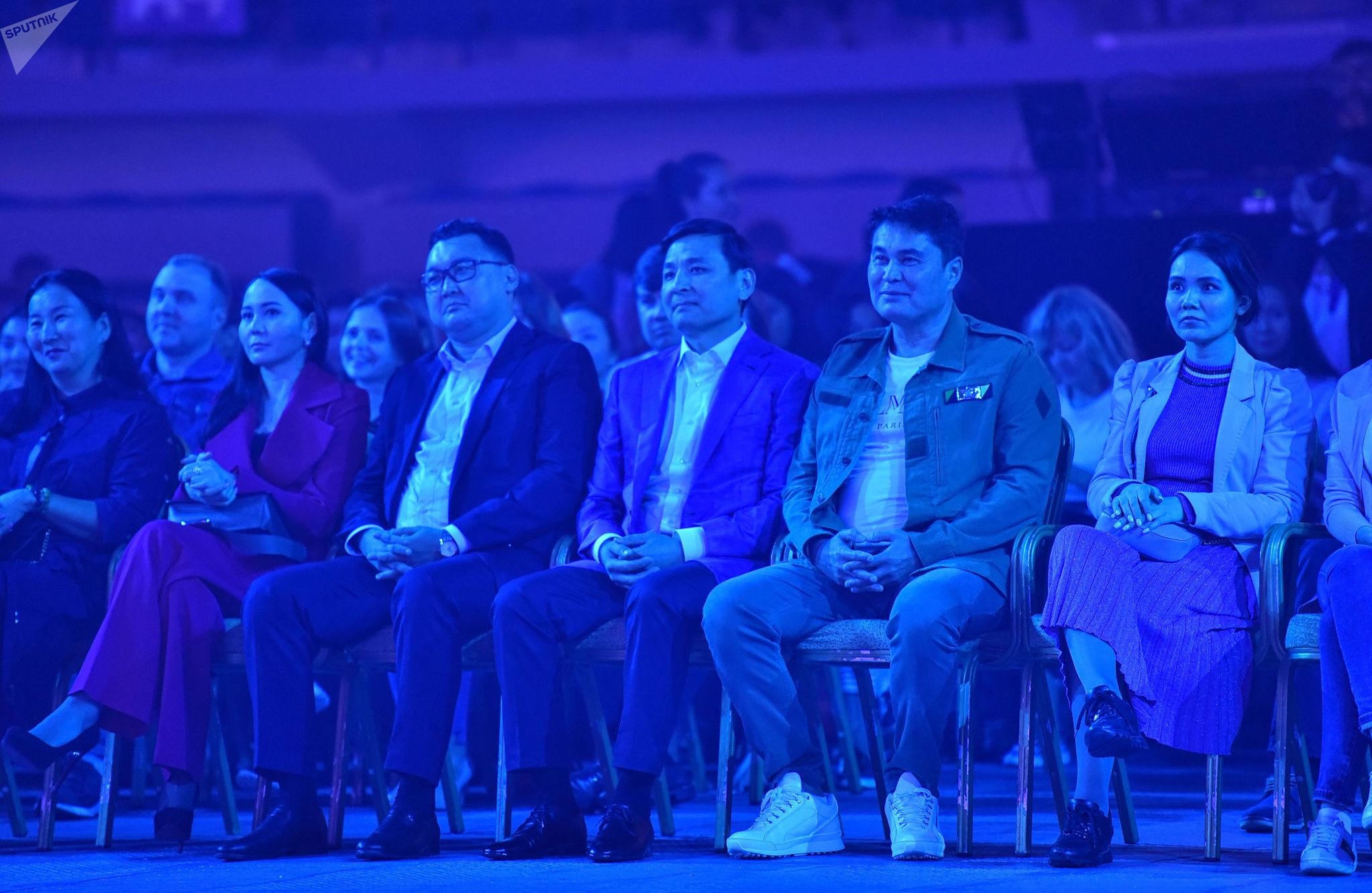 Фестиваль Nur-Sultan Music Awards 2019 посетил аким города Алтай Кульгинов вместе с известным российским продюсером Арманом Давлетьяровым