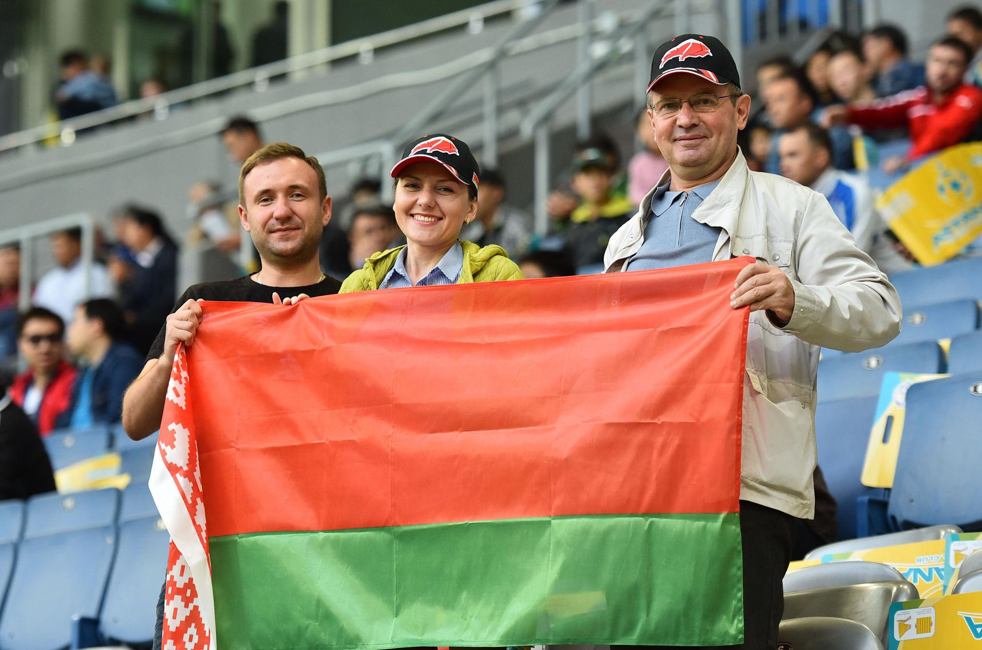 БАТЭ – это команда с традициями, говорит минчанин Вячеслав Ситник, который следит за матчем с семьей