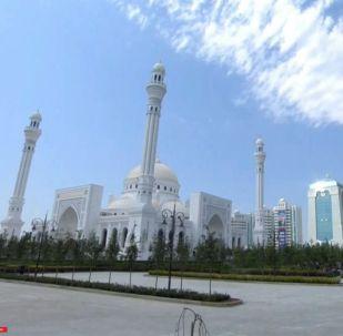 СПУТНИК_LIVE: В Чечне открывается самая большая в Европе мечеть