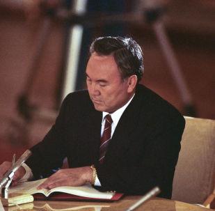 Нұрсұлтан Назабаев, архивтегі фото