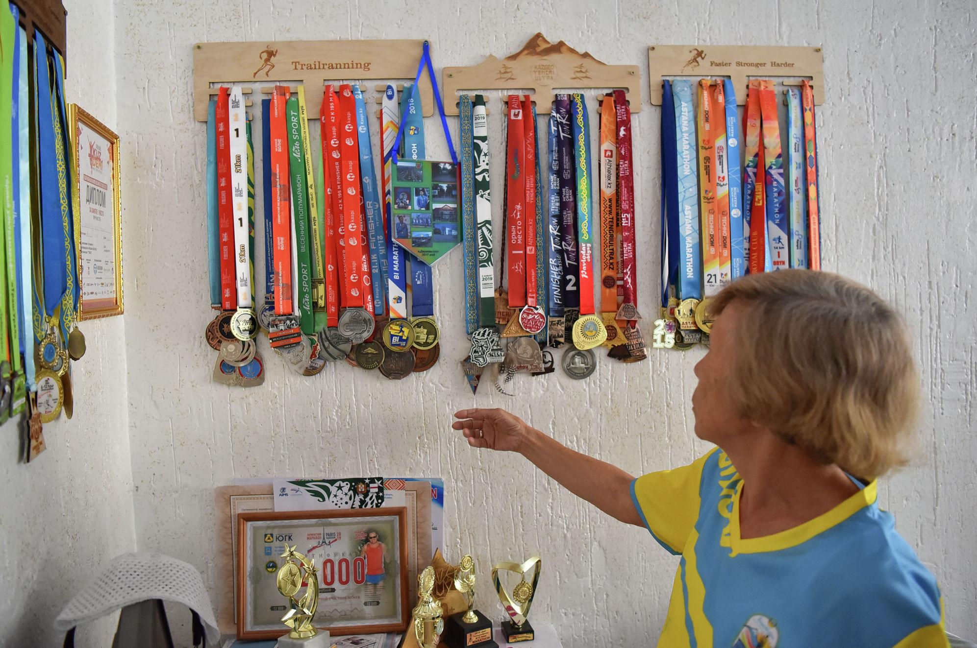 На многих марафонах она прибегала к финишу в числе лидеров