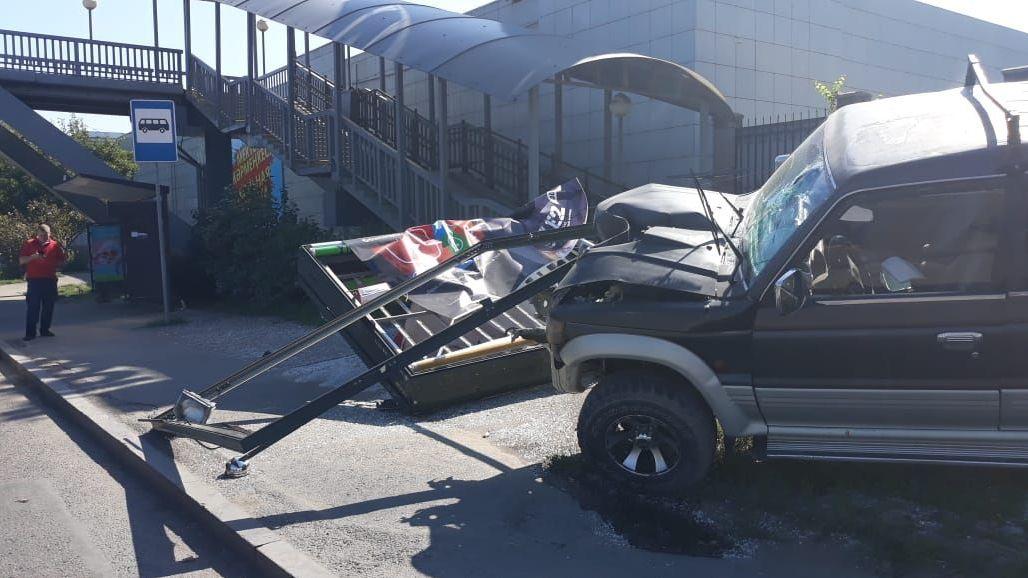 На месте дорожного происшествия с Mitsubishi Pajero
