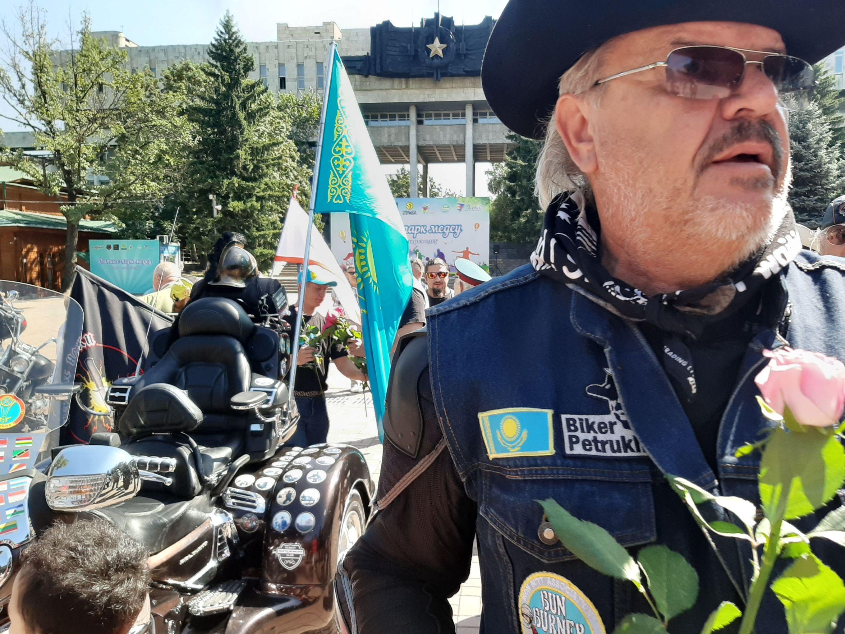 Дмитрий Петрухин - казахстанский байкер-кругосветник