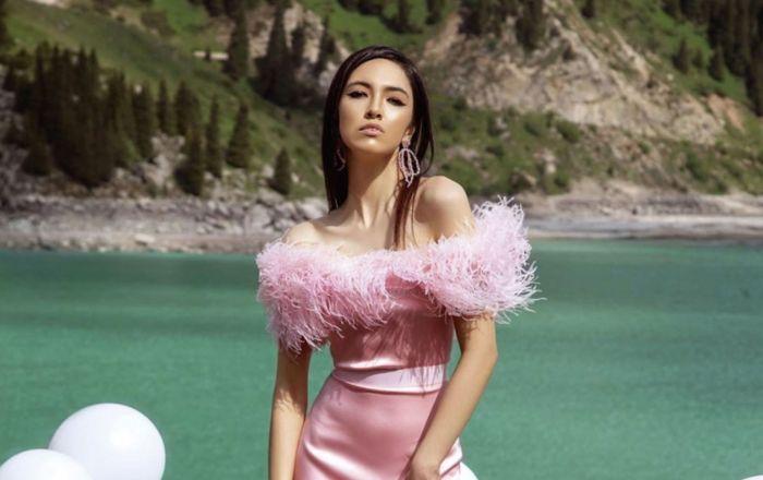 Malli  - бренд из Казахстана, названный основательницей Маншук Куанышевой в честь своих детей