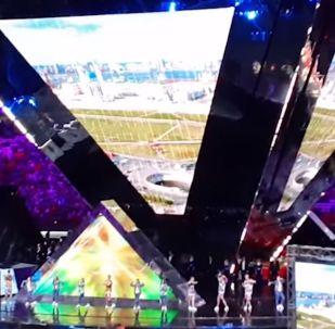 Димаш Қазандағы әлем чемпионатында ән шырқады - видео