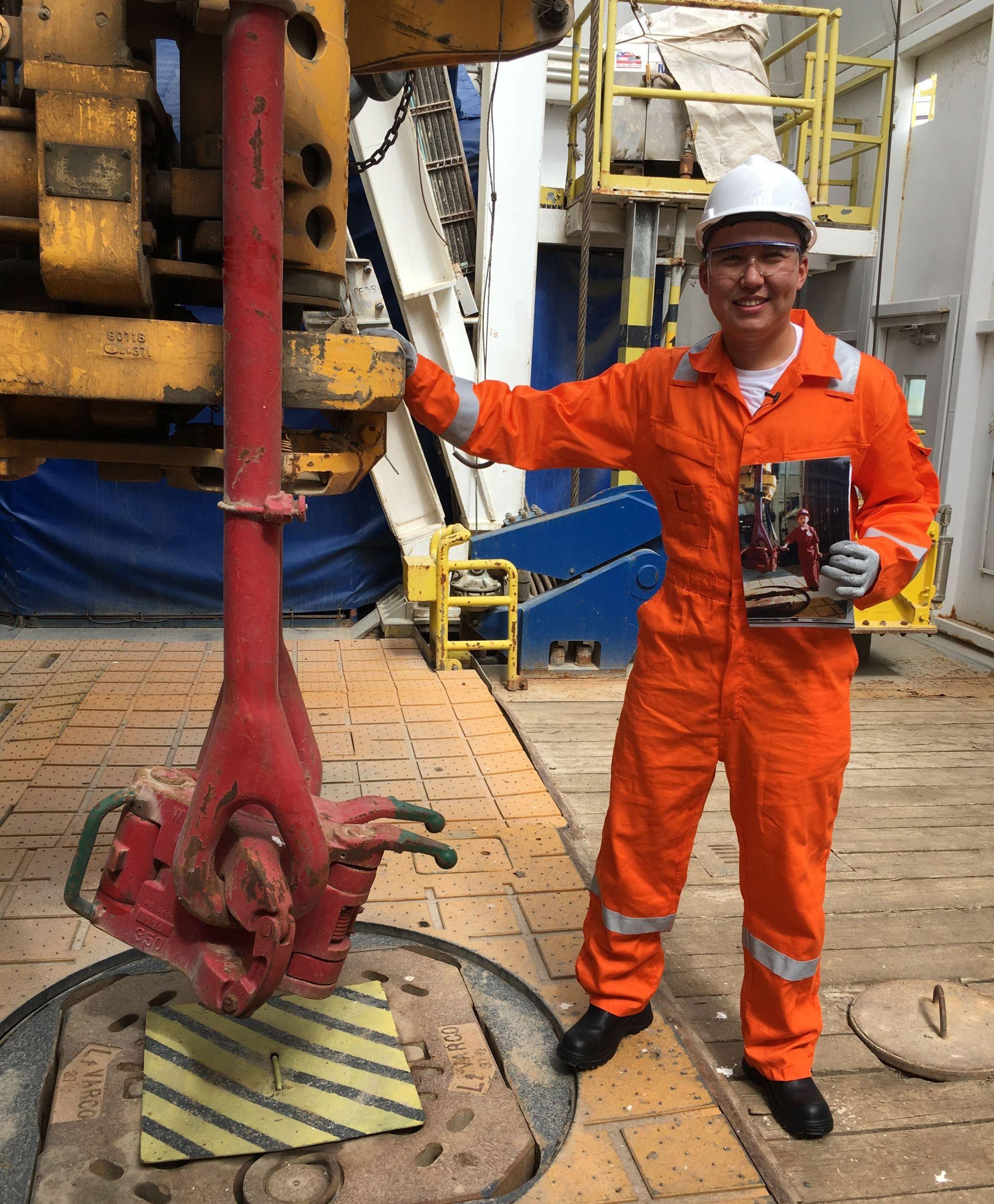 Берик Уап работает в компании НКОК, кроме того  возглавляет Атыраускую секцию международного некоммерческого общества инженеров-нефтяников SPE