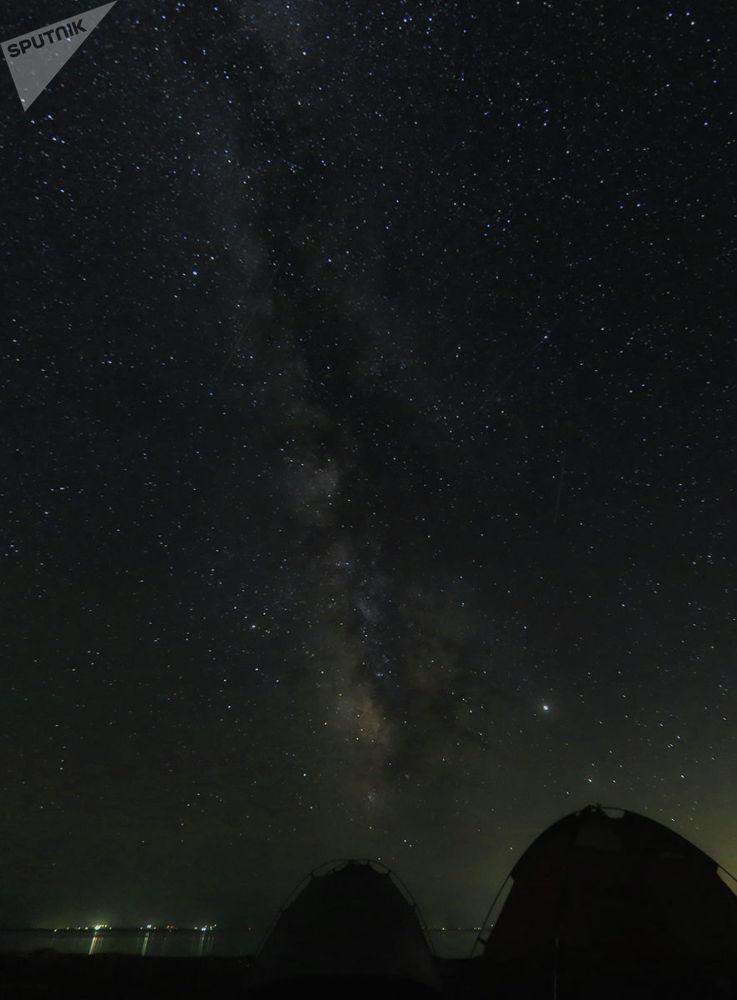 Национальный парк Алтын-Эмель, Млечный путь, звездопад