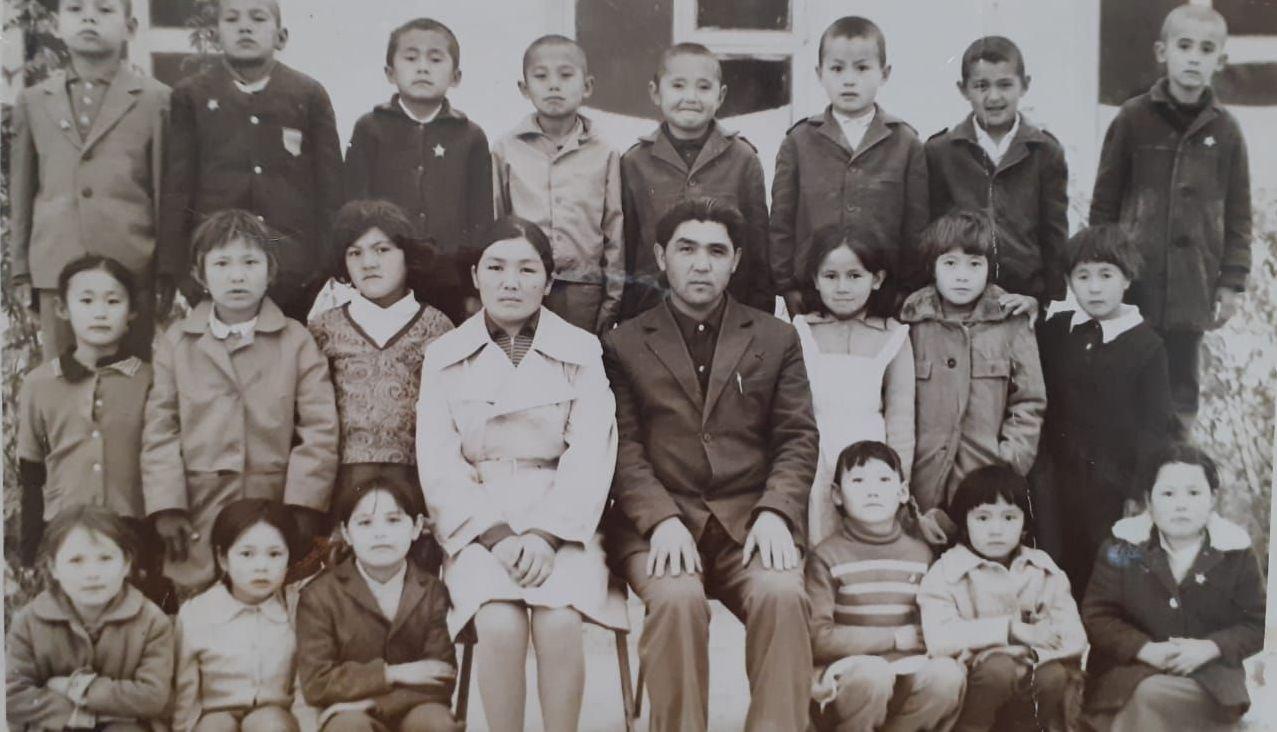 Сайлау Абдалиев с учениками