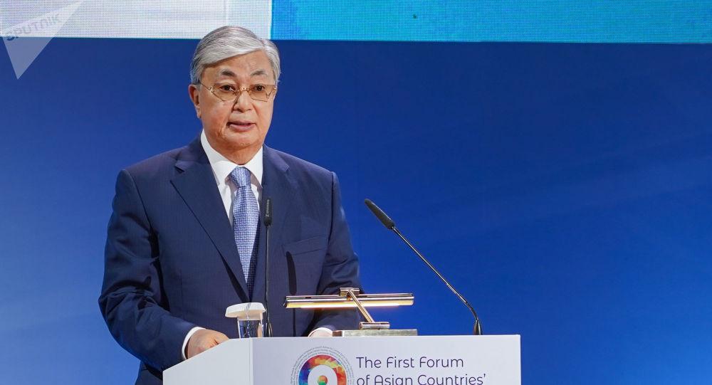 Президент Казахстана Касым-Жомарт Токаев открыл пленарное заседание первого форума писателей стран Азии