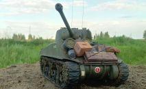 Умелец из Петропавловска создает поразительно реалистичные копии военной техники