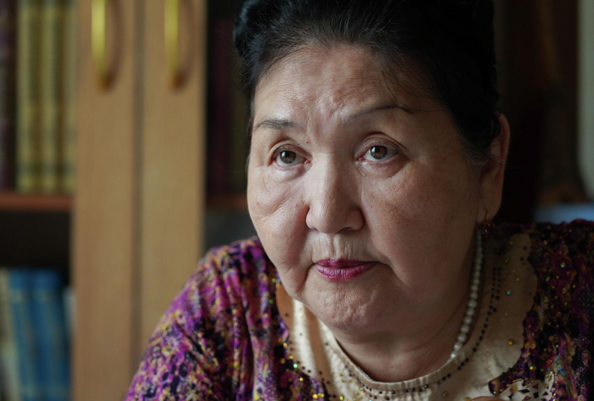 Праправнучка Абая Кунанбаева вышла на пенсию, переехала из Семея в столицу, где живет с детьми и внуками