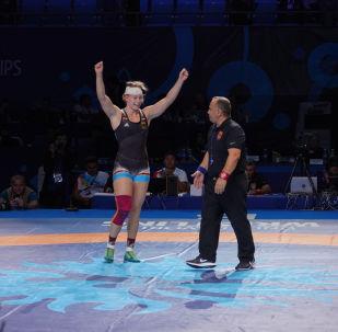 ЧМ по борьбе - WW - 76 кг бронза Алине Фоккен (Германия)-Эльмира Сыздыкова(Казахстан)