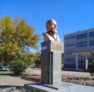 Степногорскідегі Абайдың ескерткіші көп жылдан бері халық арасында дау тудырып келеді