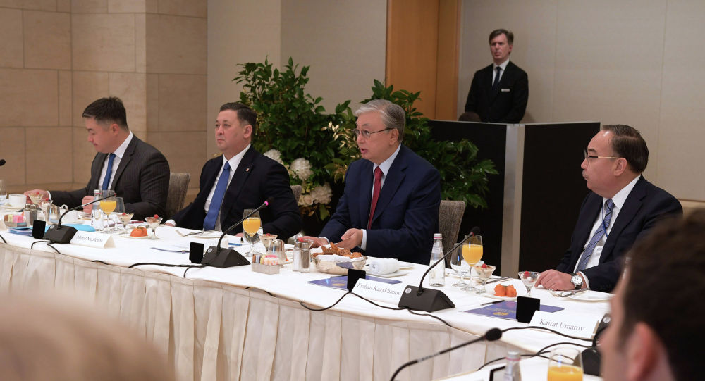 Глава государства провел встречу с представителями политических и экспертных кругов США