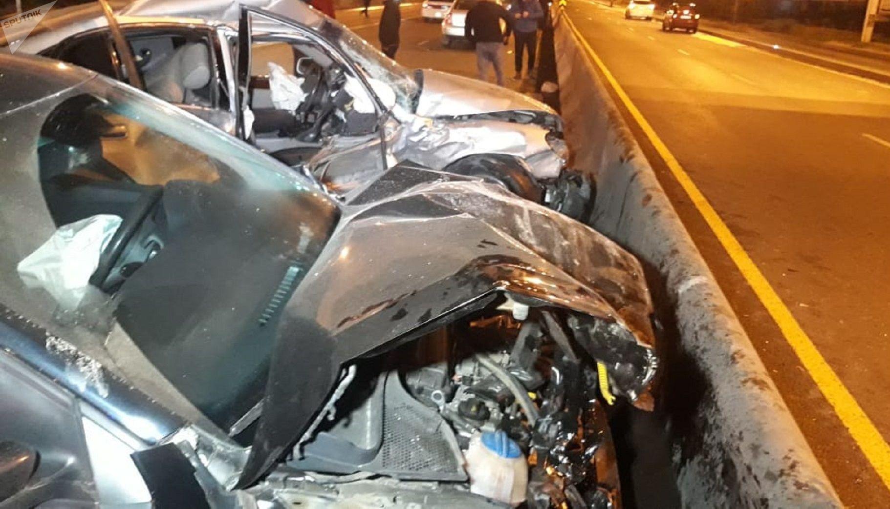 В крупном ДТП пострадали шесть человек