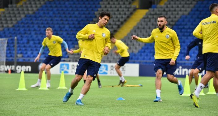 Тренировка сборной Казахстана по футболу