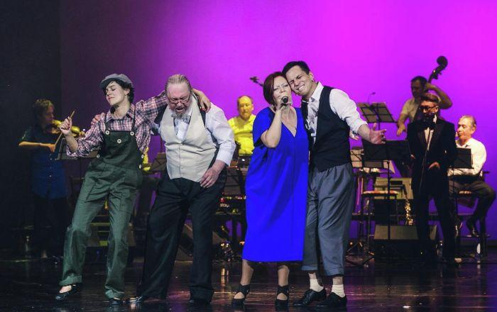 Спектакль Зовите Меня Джордж — это музыкальная история жизни американского композитора и пианиста Джоржа Гершвина