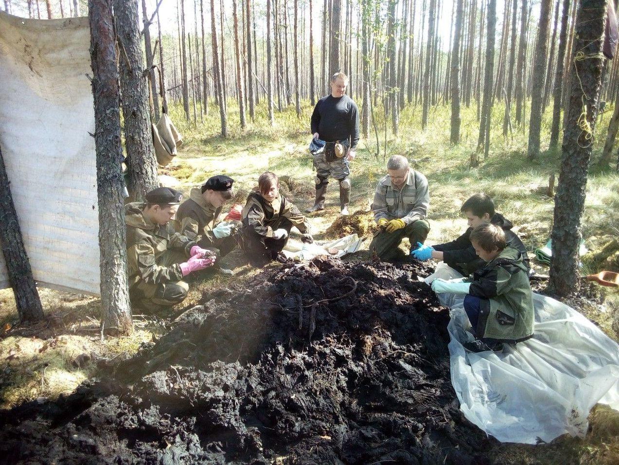 Ленинградские поисковики на поисках родственников бойцов 314-й стрелковой дивизии