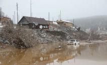 Вид после обрушения плотины недалеко от города Щетинкино, примерно в 250 км от Красноярска