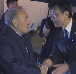 Н. Назарбаев прибул в Японию для участия в церемонии интронизации императора Нарухито