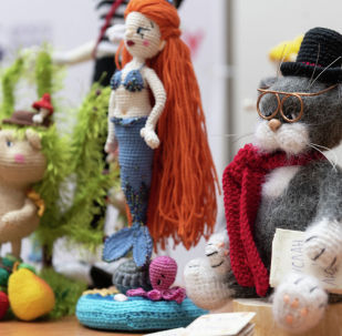 """На пресс-конференции, посвященной открытию III международной выставки авторской интерьерной куклы """"Вместе навсегда"""""""