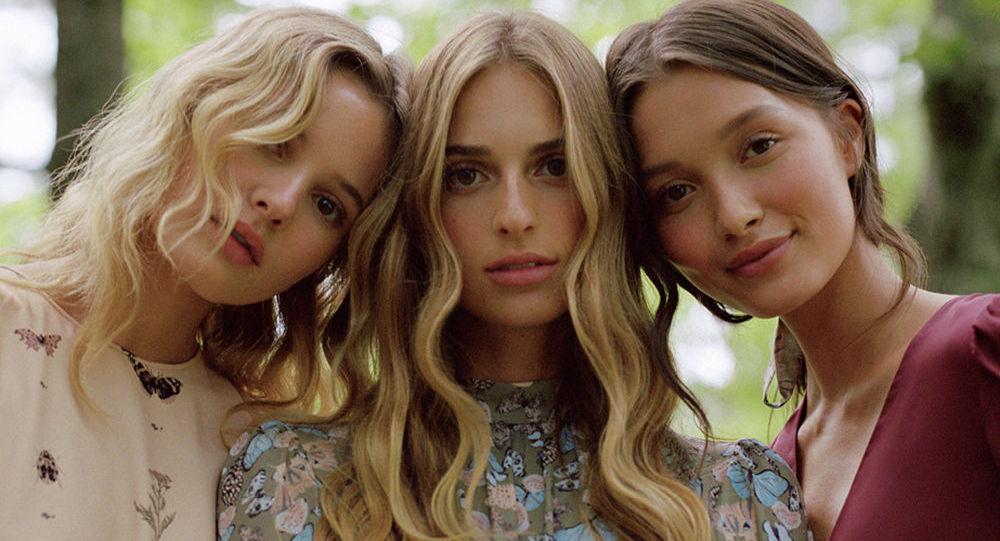 Внучка Дианы фон Фюрстенберг Талита выпустила новую коллекцию одежды для молодежного бренда своей бабушки DVF