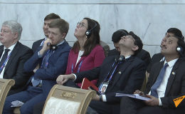 Назарбаев неожиданно прервал свое выступление перед политиками