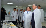 Касым-Жомарт Токаев посетил столичный НИИ травматологии и ортопедии