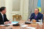Встреча главы государства с директором Службы внешней разведки РК Сырбар» Габитом Байжановым, архивное фото