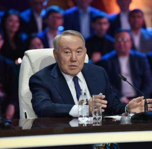 Тұңғыш президент Нұрсұлтан Назарбаев