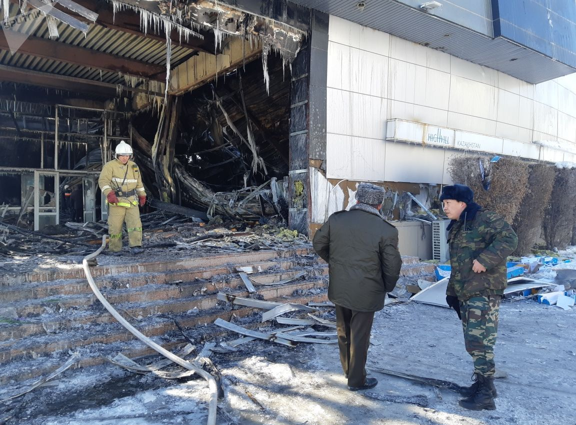 Сгоревшее здание шоу-рума Highvill Kazakhstan (Хайвилл Казахстан)
