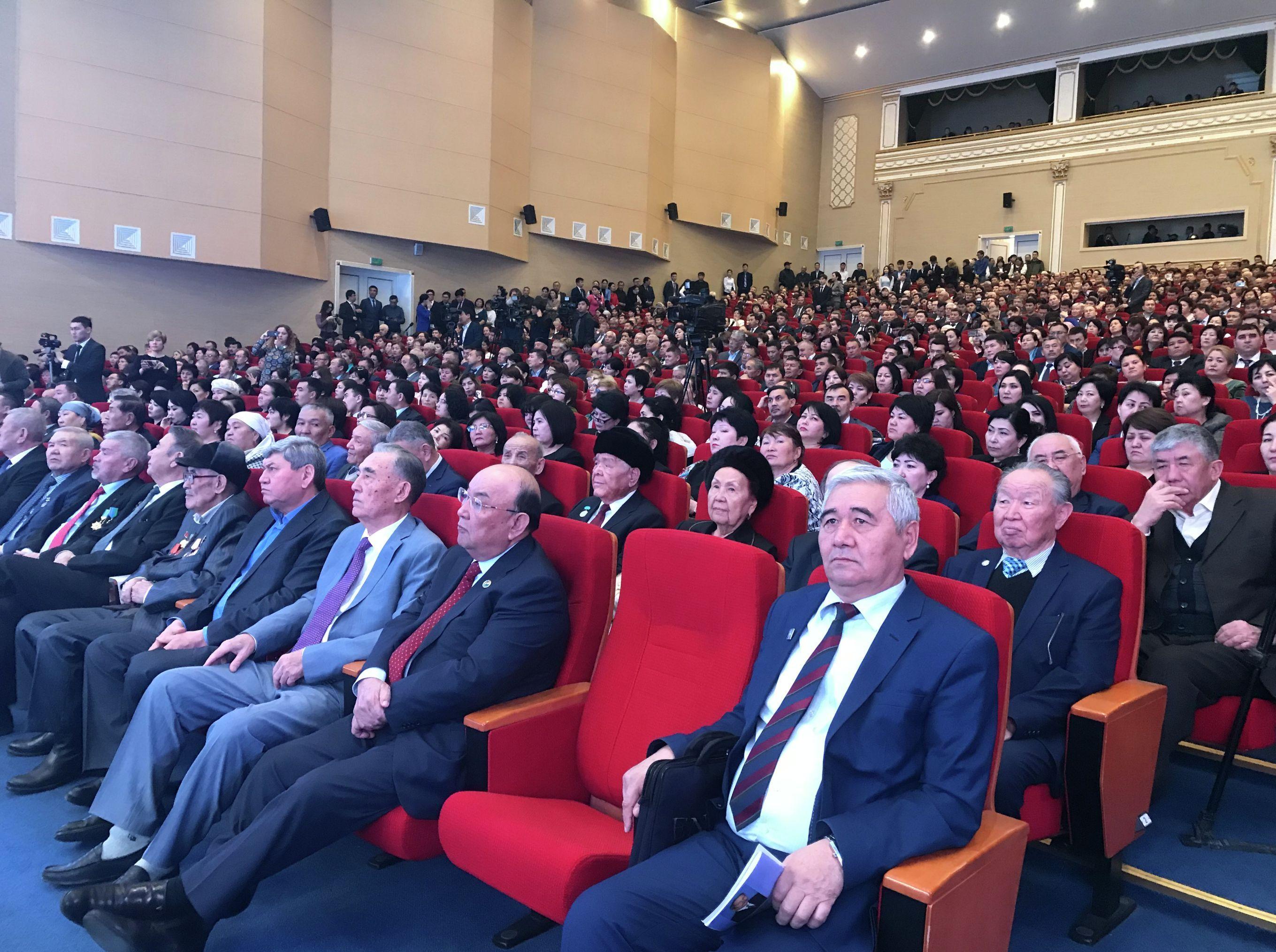 Шымкент қаласының әкімі Ғабидолла Әбдірахымов халық алдында есеп берді