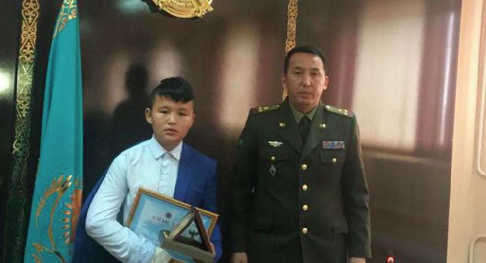 Бакытжан Беркинбай спас детей во время пожара