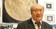Руководитель лаборатории физики луны и планет астрофизического института имени Василия Фесенкова Виктор Тейфель