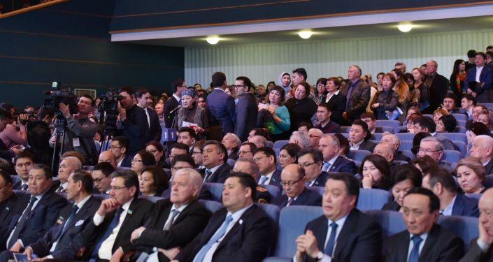 Астана әкімінің халыққа есеп беруі кездесуі