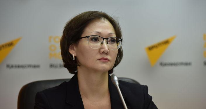 Алия Рустемова на пресс-конференции по вопросам медстрахования в студии Sputnik Казахстан