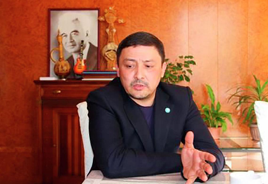 Құдыс Қожамияров атындағы театрдың директоры Руслан Токтахунов