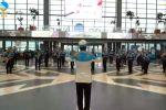 Музыкальный подарок в честь 8 марта на вокзале Нурлы жол