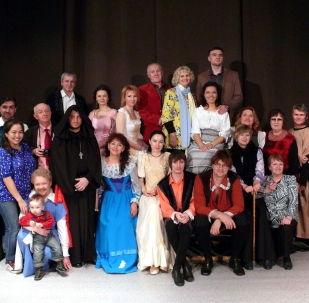 САНТ театрының шығармашылық ұжымы