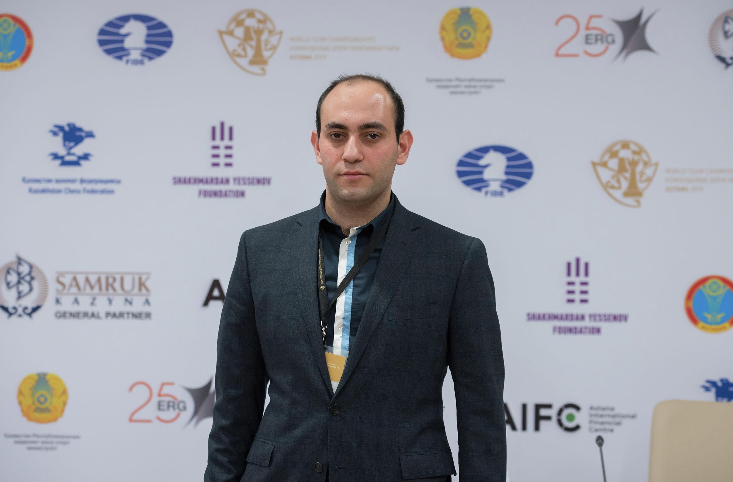 Тренер женской сборной Казахстана по шахматам Арман Пашикян
