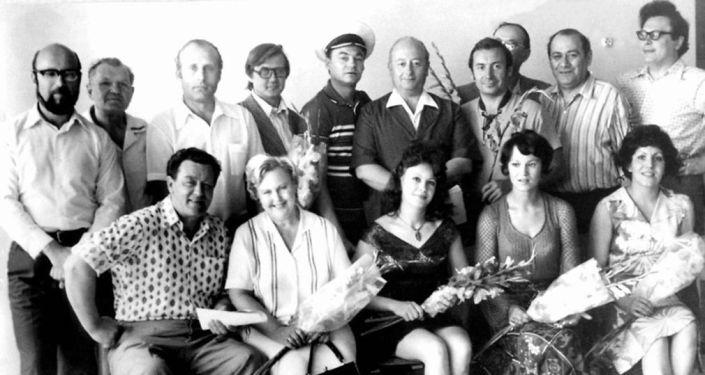 Труппа Карагандинского театра музыкальной комедии, архивное фото