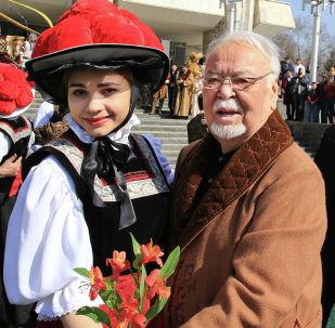 Казахстанский режиссер, актер, сценарист Асанали Ашимов на открытии гуляний в честь празднования Наурыза в Алматы