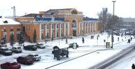 Здание железнодорожного вокзала в Караганде