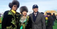 Непобежденный казахстанский боксер Канат Ислам (справа) приехал на Наурыз в столицу