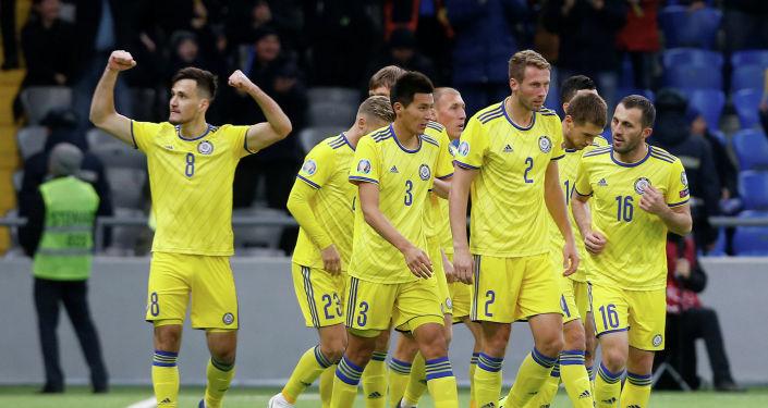 Сборная Казахстана одержала первую победу в квалификации Чемпионата Европы-2020, разгромив сборную Шотландии со счетом 3:0