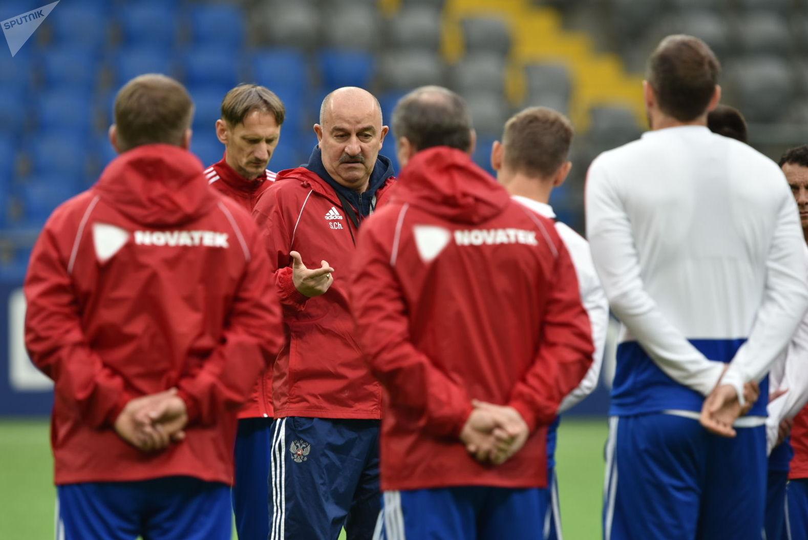 Тренировка сборной России перед матчем с Казахстаном
