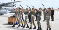 Проводы военных, погибших при крушении Ми-8